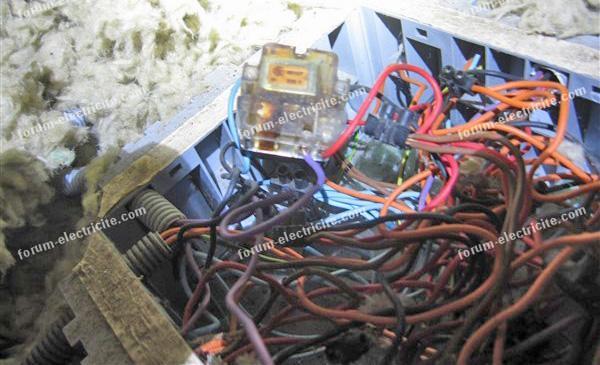 remplacer télérupteur Legrand 49107 par 49120