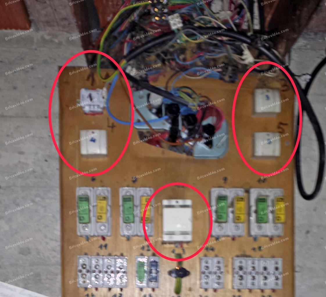 Bricovid o forum lectricit conseils pour identifier composants sur un tableau lectrique - Enlever l electricite statique d un vetement ...