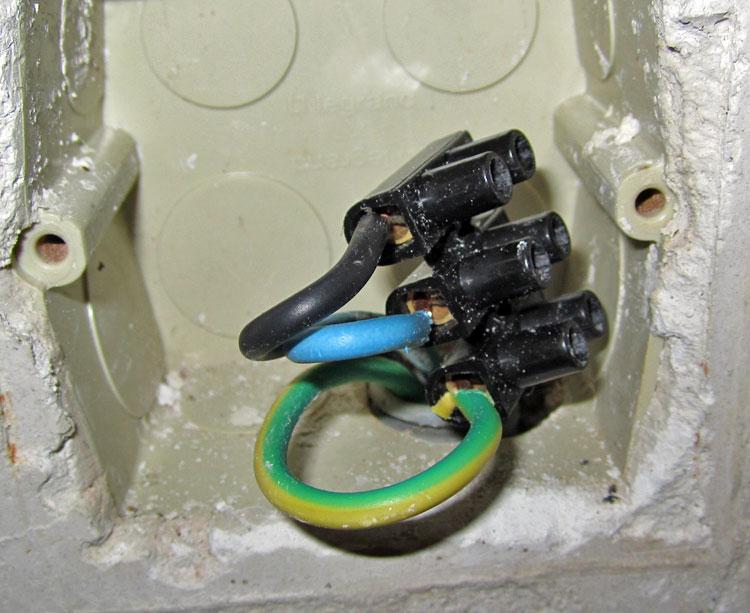 câble alimentation électrique four
