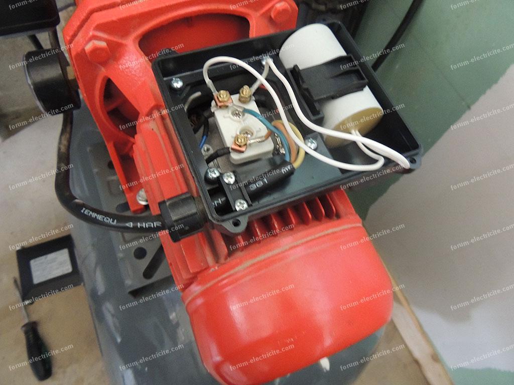 brancher condensateur moteur de surpresseur