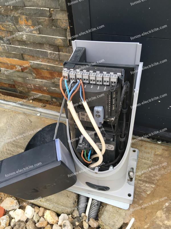 branchement moteur portail Nice SLH400