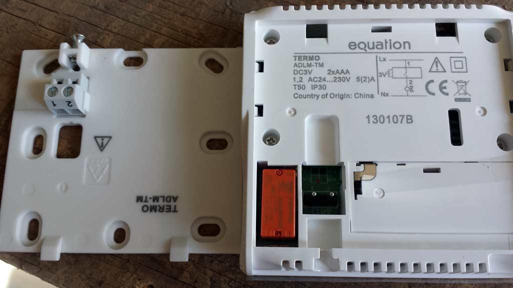 brancher thermostat pour une couveuse
