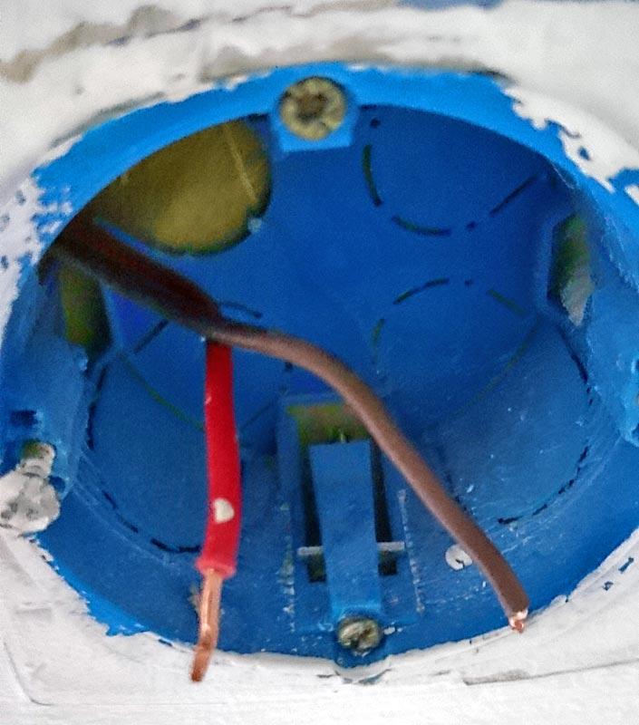 brancher interrupteur mural detecteur de mouvement 02