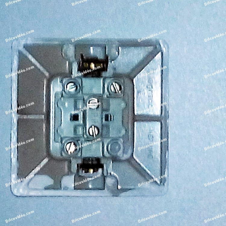 brancher interrupteur telerupteur legrand neptune
