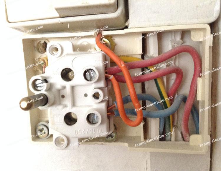 brancher prise electrique interrupteur double
