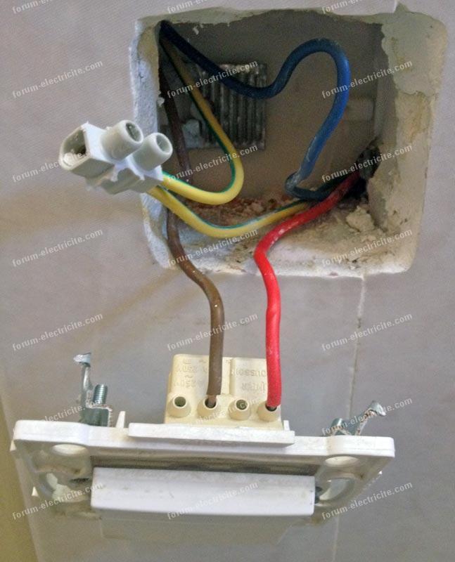 brancher une prise depuis un interrupteur