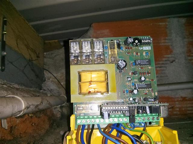 Ajouter une lampe de sortie porte de garage et changer la fr quence forum lectricit - Retroviseur pour sortie de garage ...