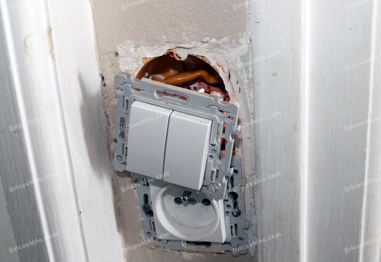 connecter 2 interrupteurs va et vient 002