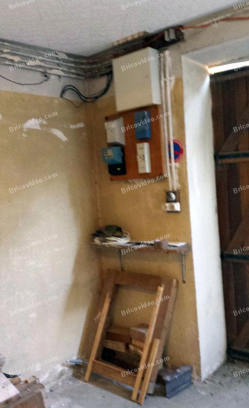 Fabuleux Forum Électricité Bricovidéo - Peut-on déplacer un ancien tableau EDF QB85