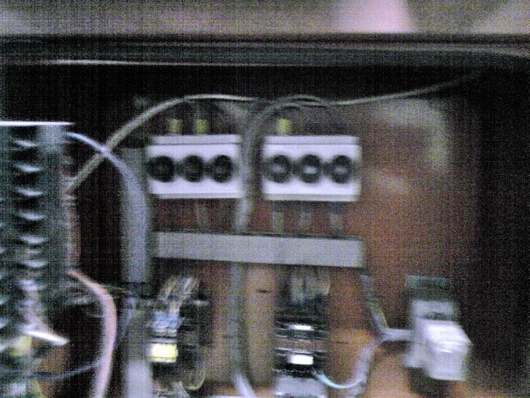 Branchement lectricit changement de protection fusible par disjoncteur co - Changer fusible disjoncteur ...
