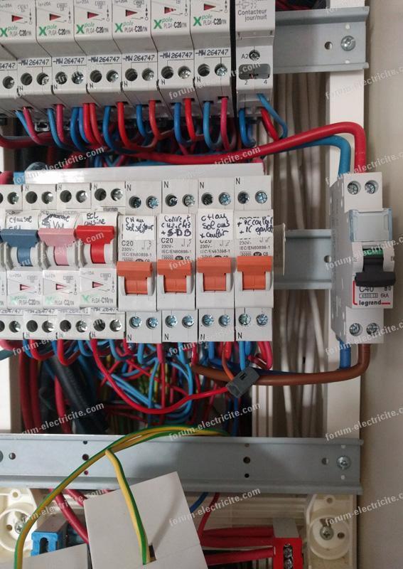 installation borne de recharge pour voiture électrique