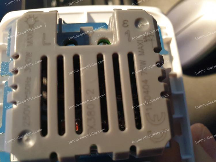 interrupteur automatique avec détecteur