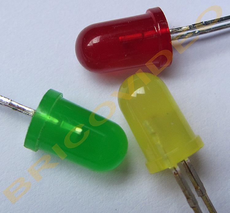 led rouge verte jaune