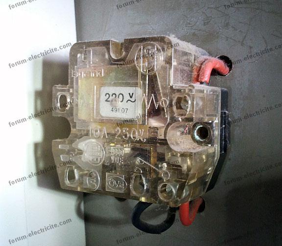 télérupteur Legrand49107 boucle