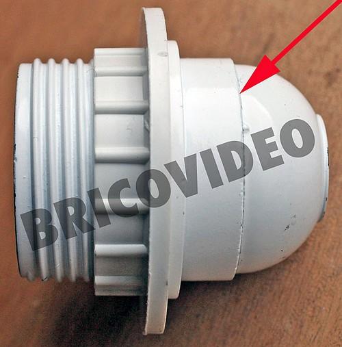 Probl me devisser douille en plastique conseils r paration for Changer une douille de lampe