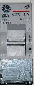 disjoncteur qui saute au passage heures creuses g nie sanitaire. Black Bedroom Furniture Sets. Home Design Ideas