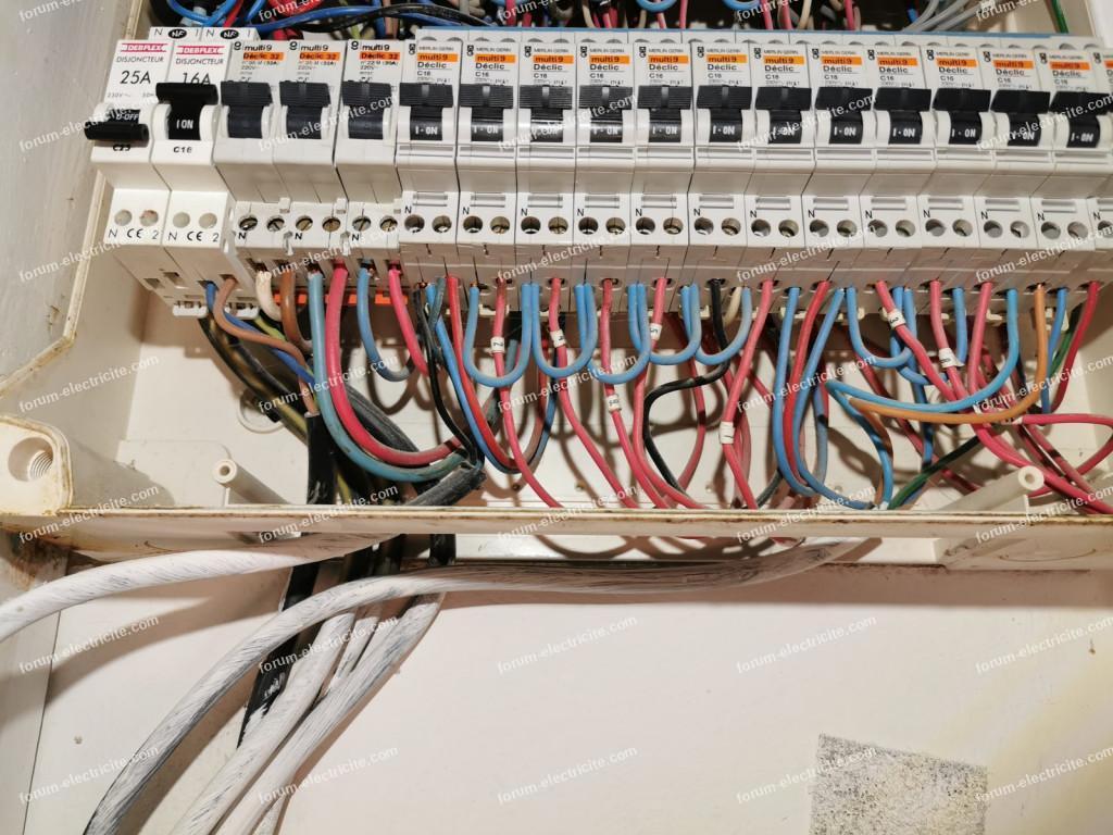 passage installation électrique en triphasé