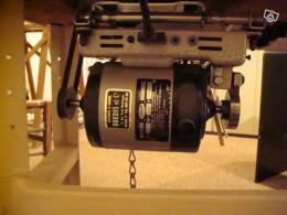 position moteur machine à coudre