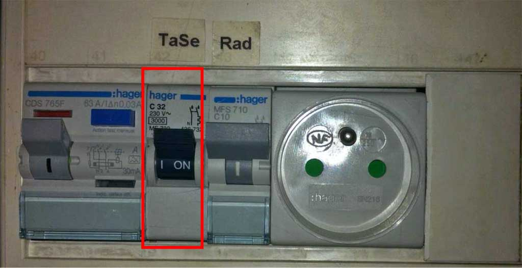 Question travaux conseils installation radiateurs lectriques bricovid o bri - Travaux installation electrique ...