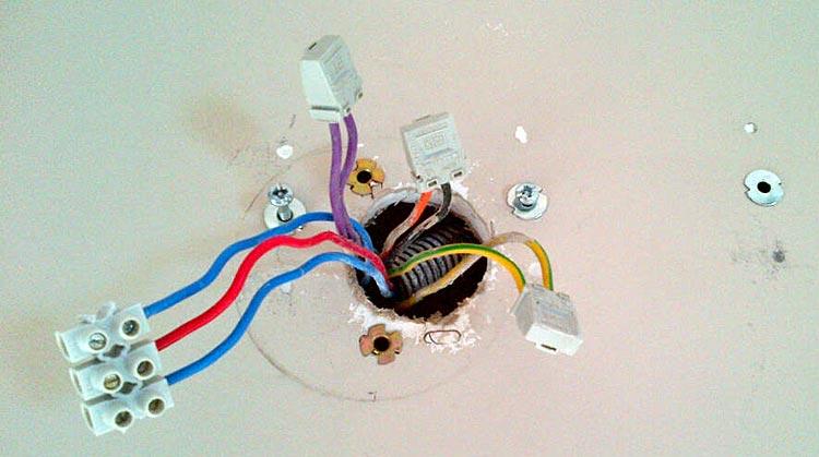Forum lectricit conseils raccordement 2 ampoules sur 2 for Electricite va et vient