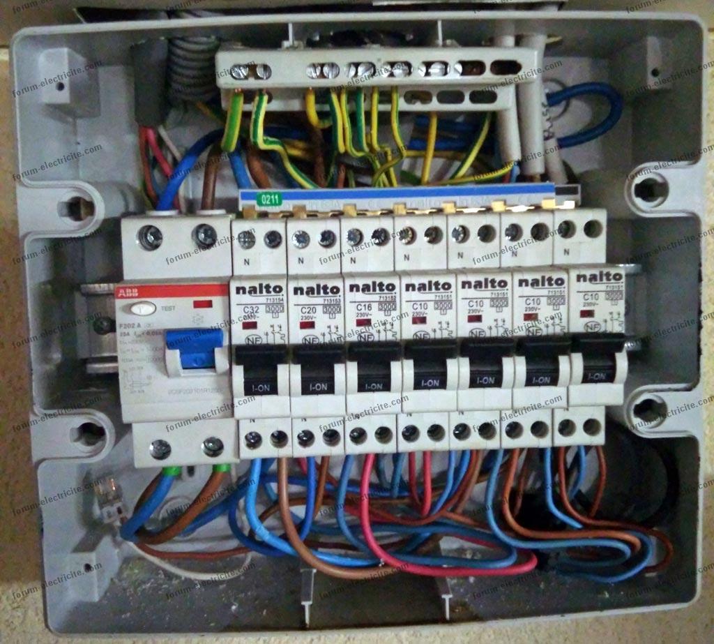 Bricovid o installation lectrique comment raccorder un chauffe eau dans un tableau secondaire - Tableau electrique secondaire ...