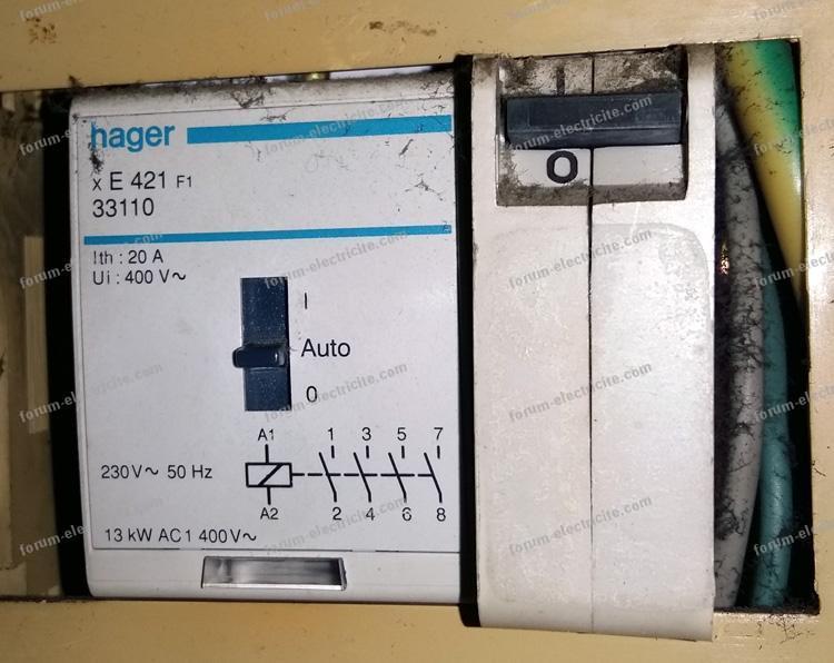 forum travaux lectricit remplacement contacteur jour nuit. Black Bedroom Furniture Sets. Home Design Ideas
