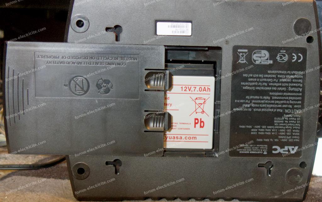remplacer batterie d'un onduleur