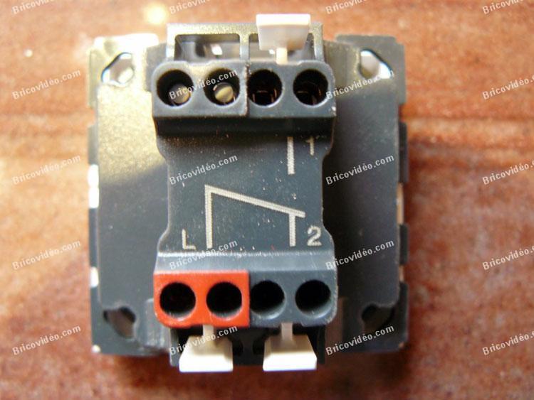 remplacer interrupteur vmc