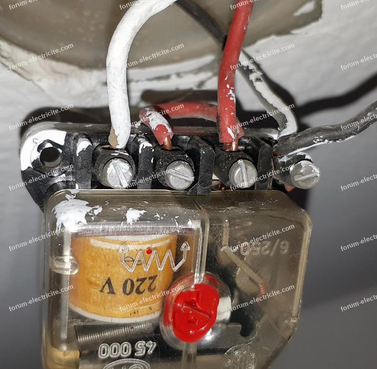 remplacer télérupteur GM 45000 par Legrand 49120