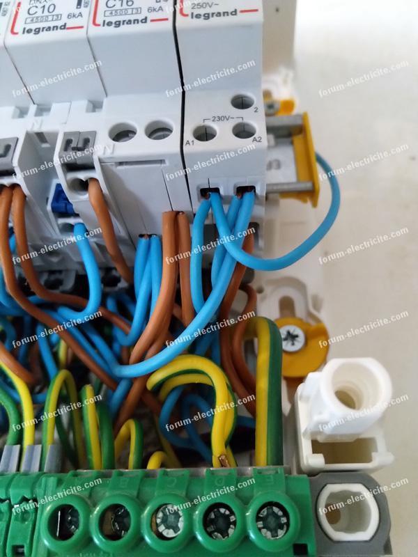 remplacer télérupteur Legrand 4124 08 par télérupteur silencieux