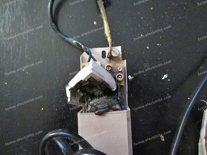 transformateur éclairage brulé